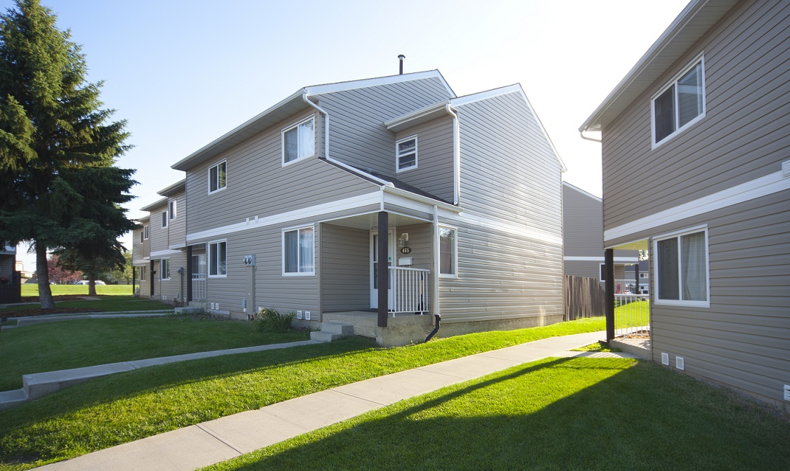 3 Bedrooms Edmonton North East Townhouse For Rent  Ad Id