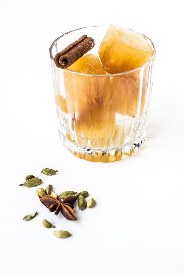 How to make cinnamon, anise, cardamon infused ice cubes