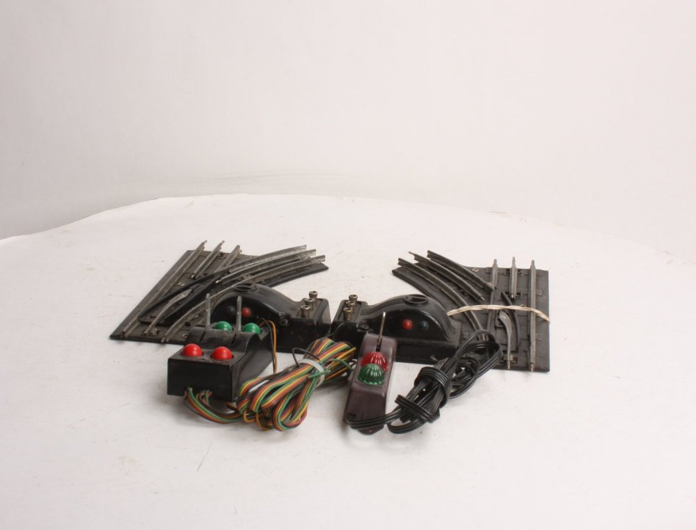 medium resolution of lionel 1121 o27 righthand lefthand electric switches pair 023922611215 lionel 1121