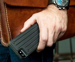 Caliber-case-for-the-iphone-m