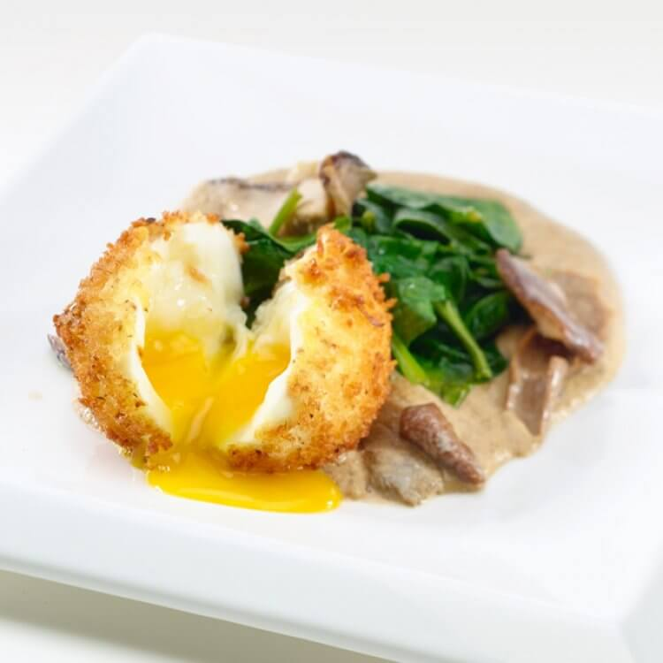 œuf mollet en croute de panko a la brise des vignerons