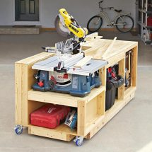 Mobile Tool Bench On a Roll