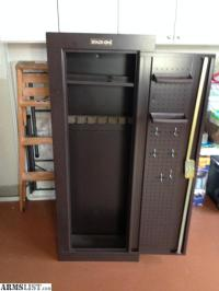 ARMSLIST - For Sale: Stack On Gun Cabinet