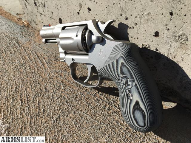 Vz Grips Colt Cobra Vz Operator Ii Black Cherry G10 - Modern Home