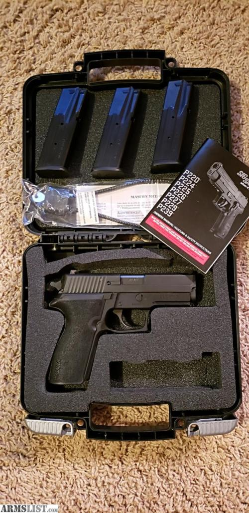 small resolution of like new sig 227 45acp with 3 mags siglite night sights srt trigger and original box azdl ccw preferred