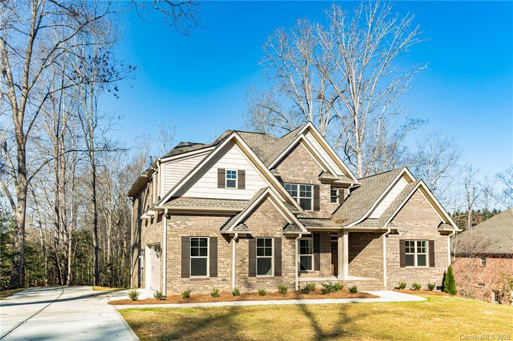 Property for sale at 208 Highland Forest Drive, Lake Wylie,  South Carolina 29710