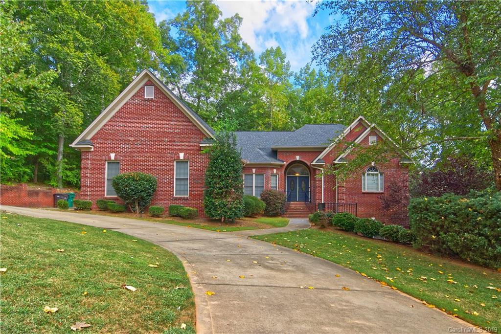 Property for sale at 3010 Dodsworth Drive, Cramerton,  North Carolina 28032