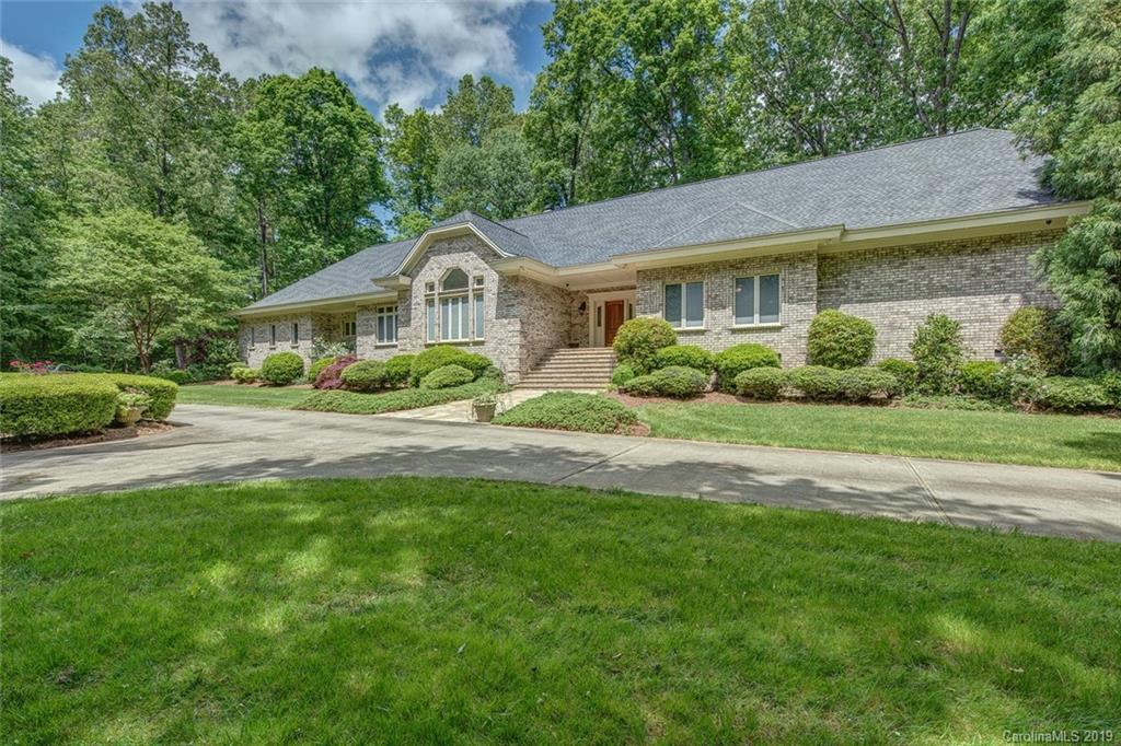 Property for sale at 2707 Ashbourne Drive, Gastonia,  North Carolina 28056