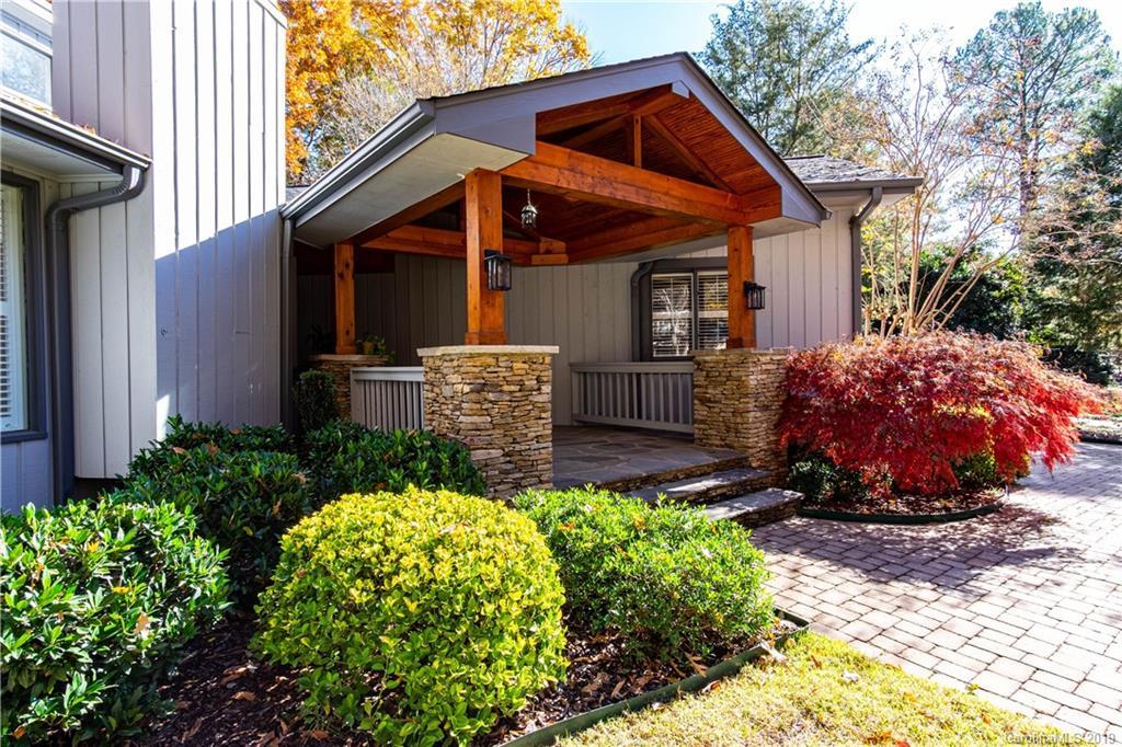 Property for sale at 10 Catawba Ridge Court, Clover,  South Carolina 29710