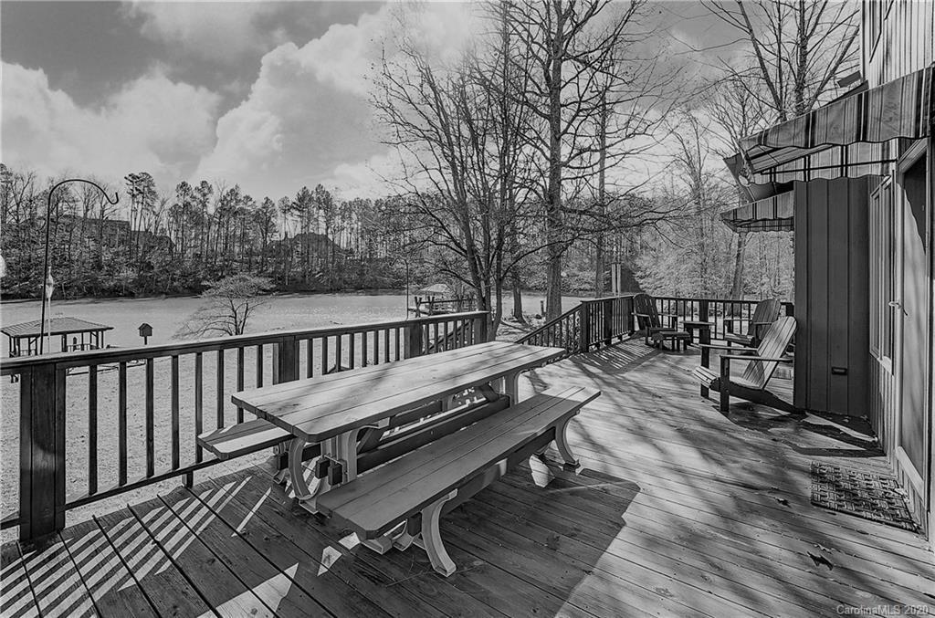 Property for sale at 204 Bay Shore Drive, Belmont,  North Carolina 28012