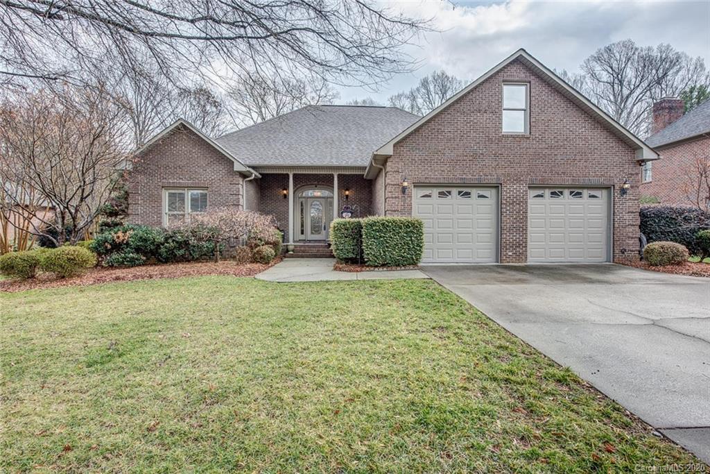 Property for sale at 725 Hanna Woods Drive, Cramerton,  North Carolina 28032