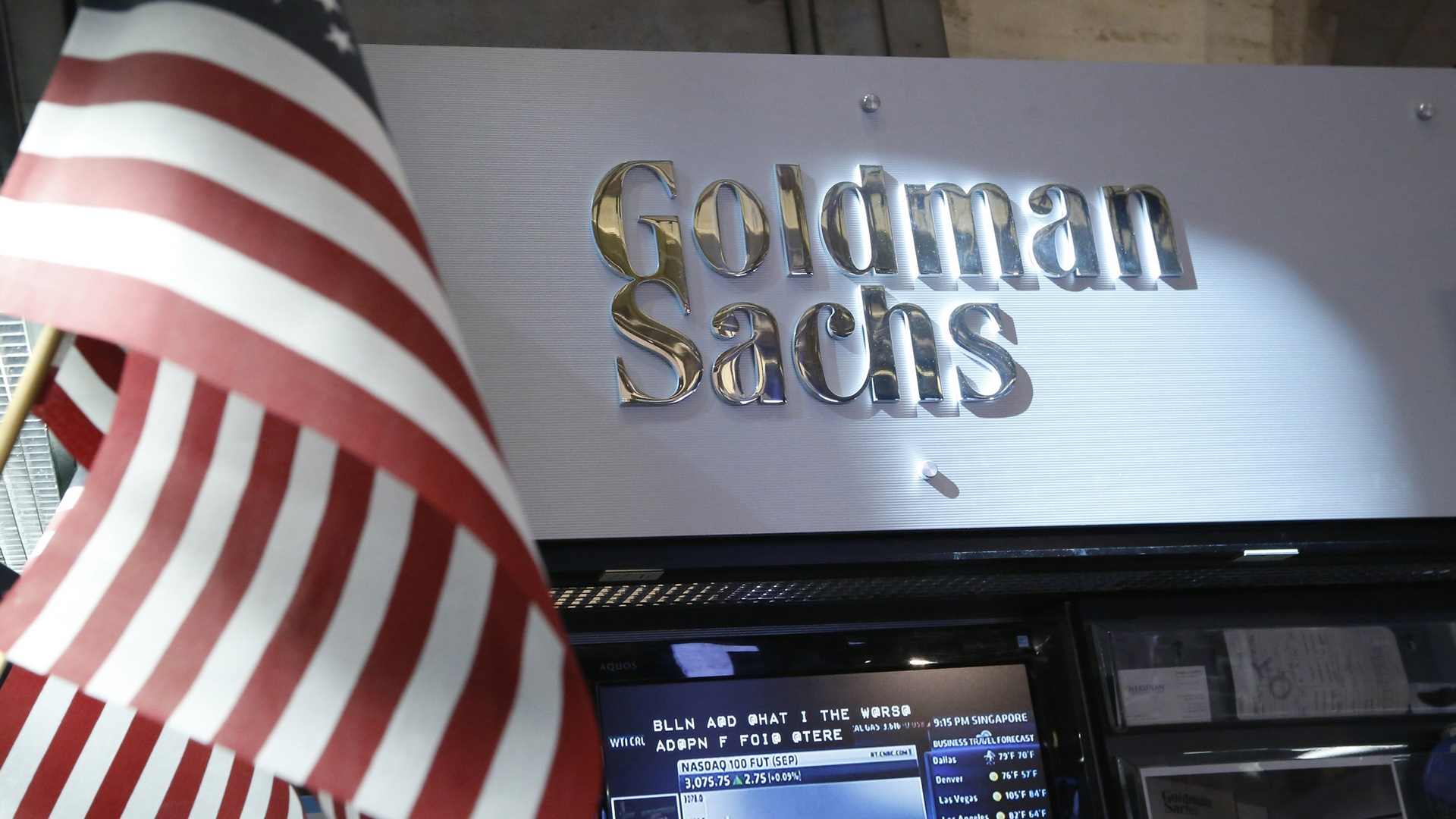 A view of the Goldman Sachs stall on the floor of the New York Stock Exchange July 16, 2013. Goldman Sachs Group Inc said on Tuesday quarterly profit doubled, beating Wall Street estimates, boosted by returns from investing the bank's own money. REUTERS/Brendan McDermid (UNITED STATES - Tags: BUSINESS) - RTX11OFA
