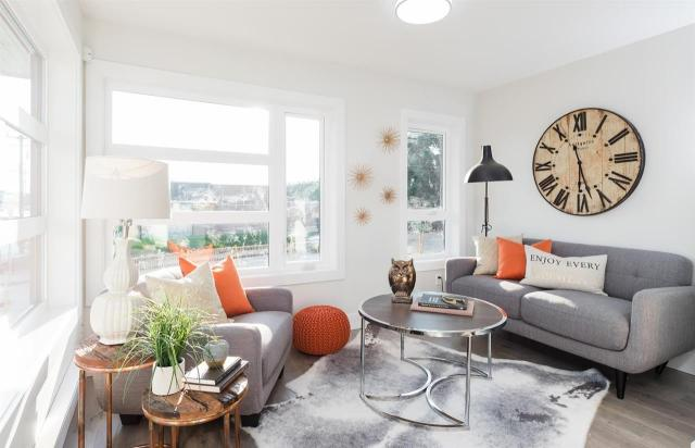 """Main Photo: 114 7499 6TH Street in Vancouver: East Burnaby Condo for sale in """"Gateway Homes"""" (Burnaby East)  : MLS® # R2239559"""