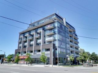 Main Photo: 304 760 The Queensway in Toronto: Stonegate-Queensway Condo for sale (Toronto W07)  : MLS® # W4002658