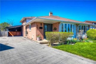 Main Photo: 2391 Padstow Crescent in Mississauga: Clarkson House (Backsplit 4) for sale : MLS®# W4135621
