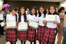 Fotogaler Al Fin Graduados - Diario El Mundo