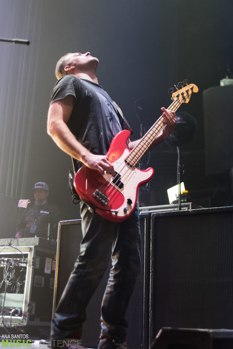 Gallery & Review: Bush live at The Wellmont Theater, Montclair NJ