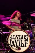 Joyous-Wolf-5
