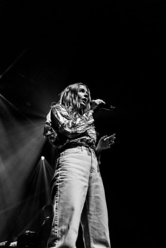 picsbydana-Maggie-Rogers-Fox-Theater-Oakland-16