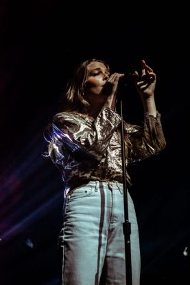picsbydana-Maggie-Rogers-Fox-Theater-Oakland-37