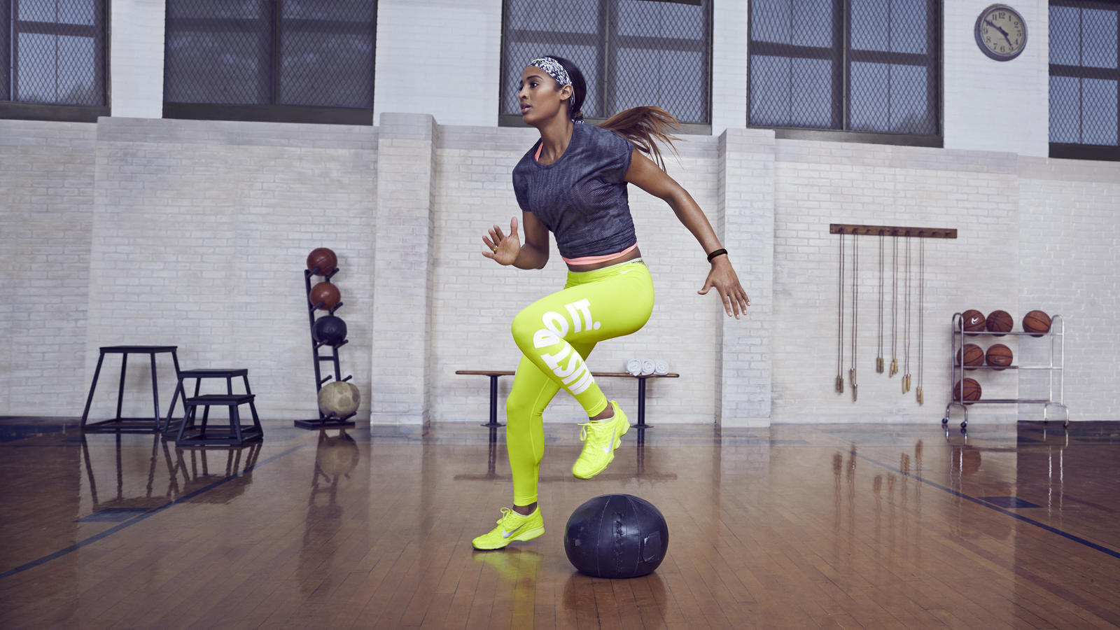 Images Of Fall Season Wallpaper Nike News Fitting In Five With Skylar Diggins N Tc Zoom