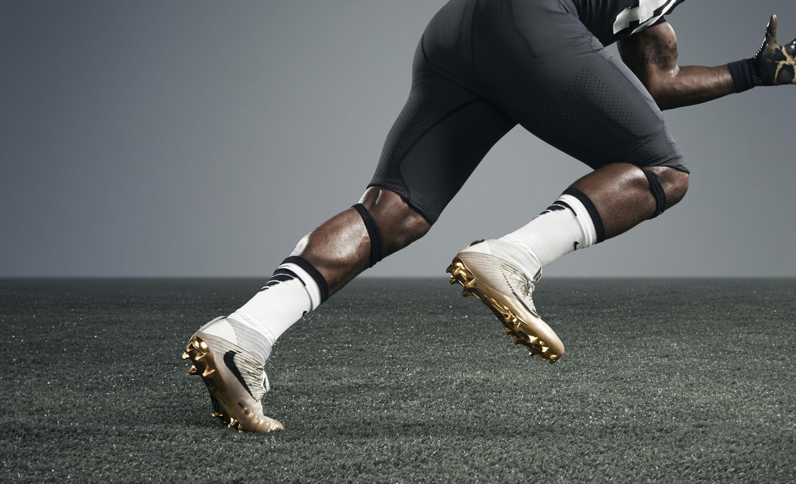 Untouchable Nike Vapor Football Cleats