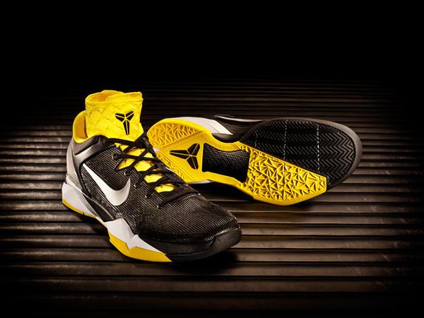 Kobe 9 Running Shoes