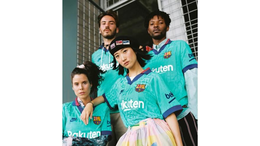 Nikenews fcb thirdkits2019 20 1 hd 1600