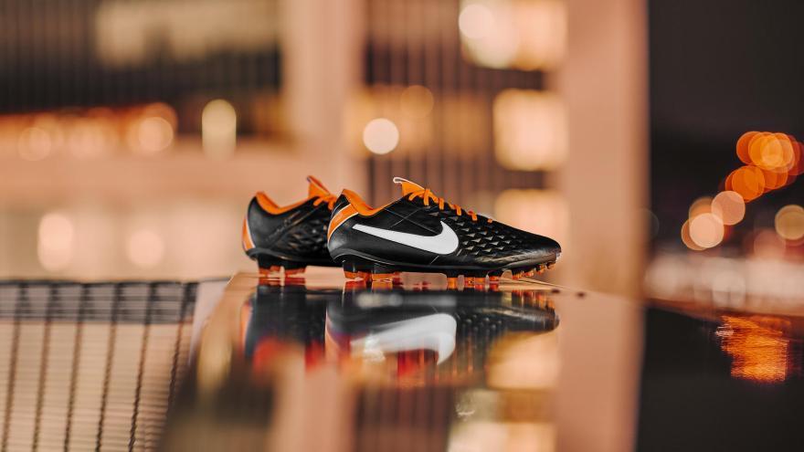 Nike 207 hd 1600