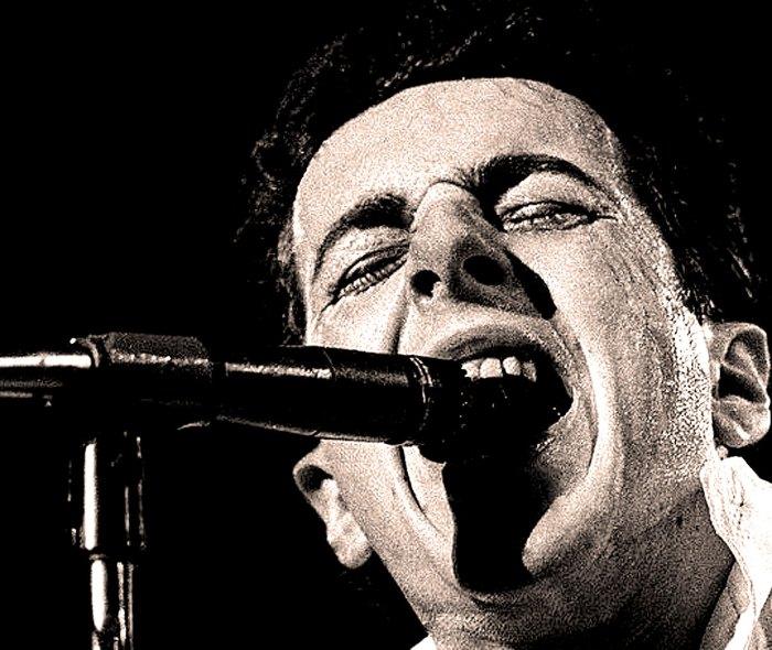 The Clash - live - 1982