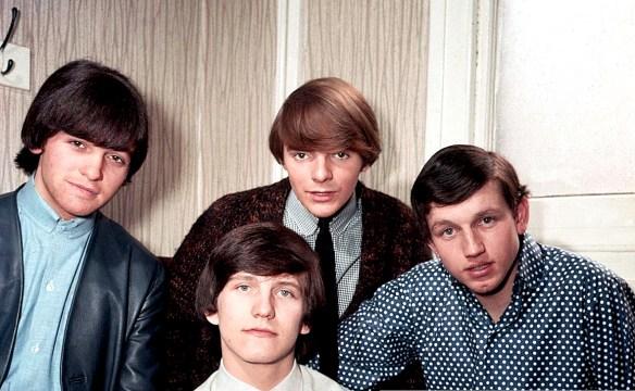 Wayne Fontana And The Minbenders - NME Poll Winners 1965