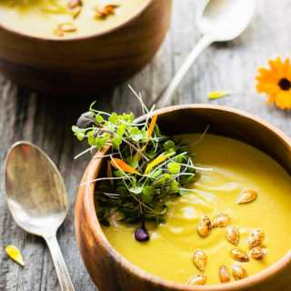 Curried Acorn Squash Cream Soup with Coconut Milk