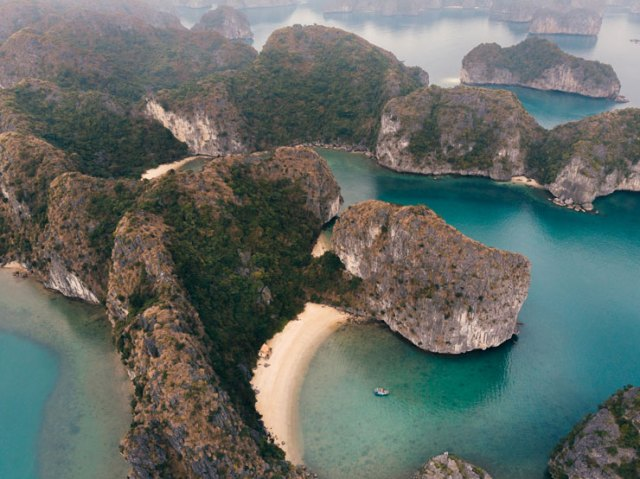 A photo by Jack Crosby of an aerial photo of Halong Bay