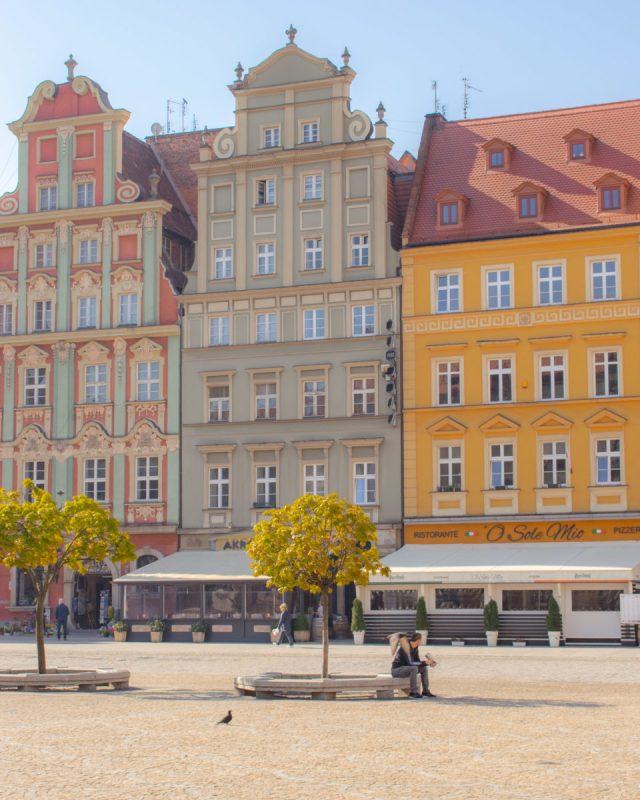 the wroclaw old town square
