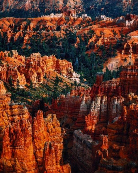 red sandstone cliff faces