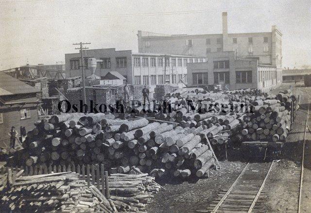 Leach Company Oshkosh Wisconsin