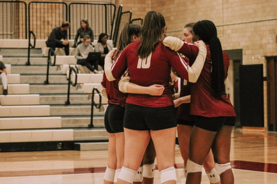 Eagles Split Five-Set Thrillers, Beat Bryant in Straight Sets
