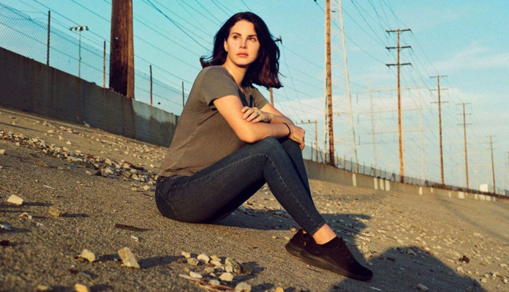 Del Rey Stays True to Her Sound on New Album