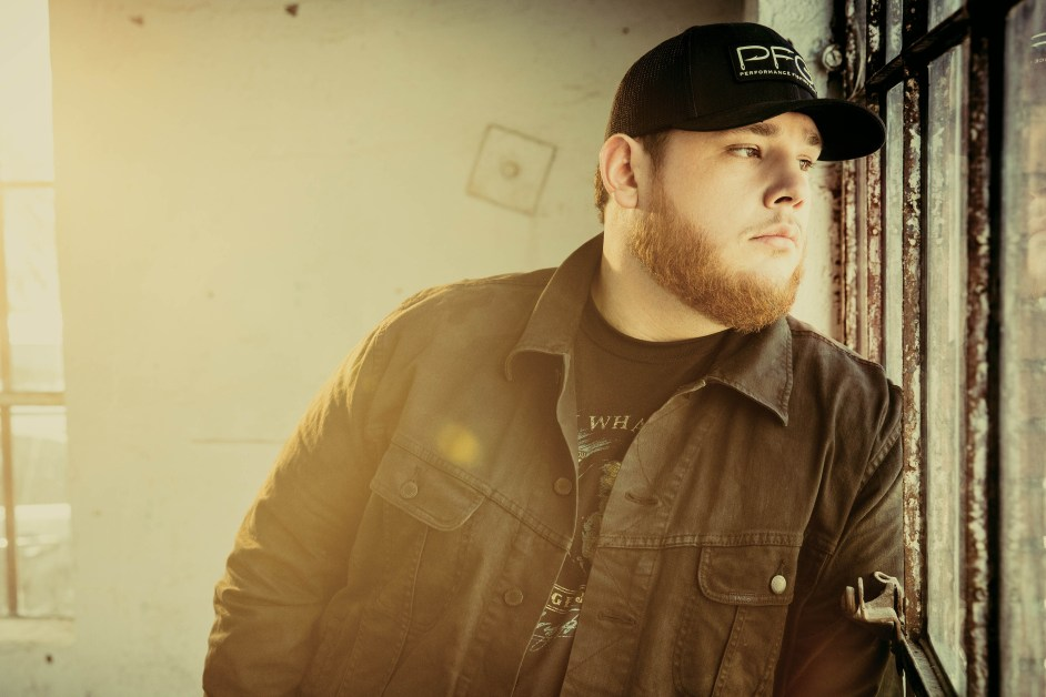 Rising Country Star Wastes Potential With New Album