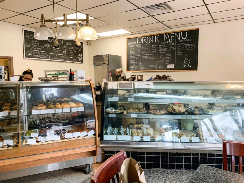 Japonaise Bakery Fuses Japanese and French Pastries