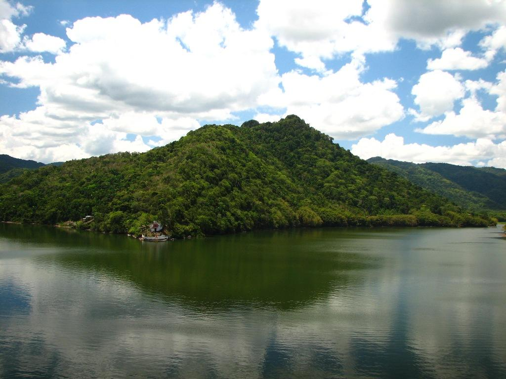 Lago Dos Bocas  ZeePuertoRicocom