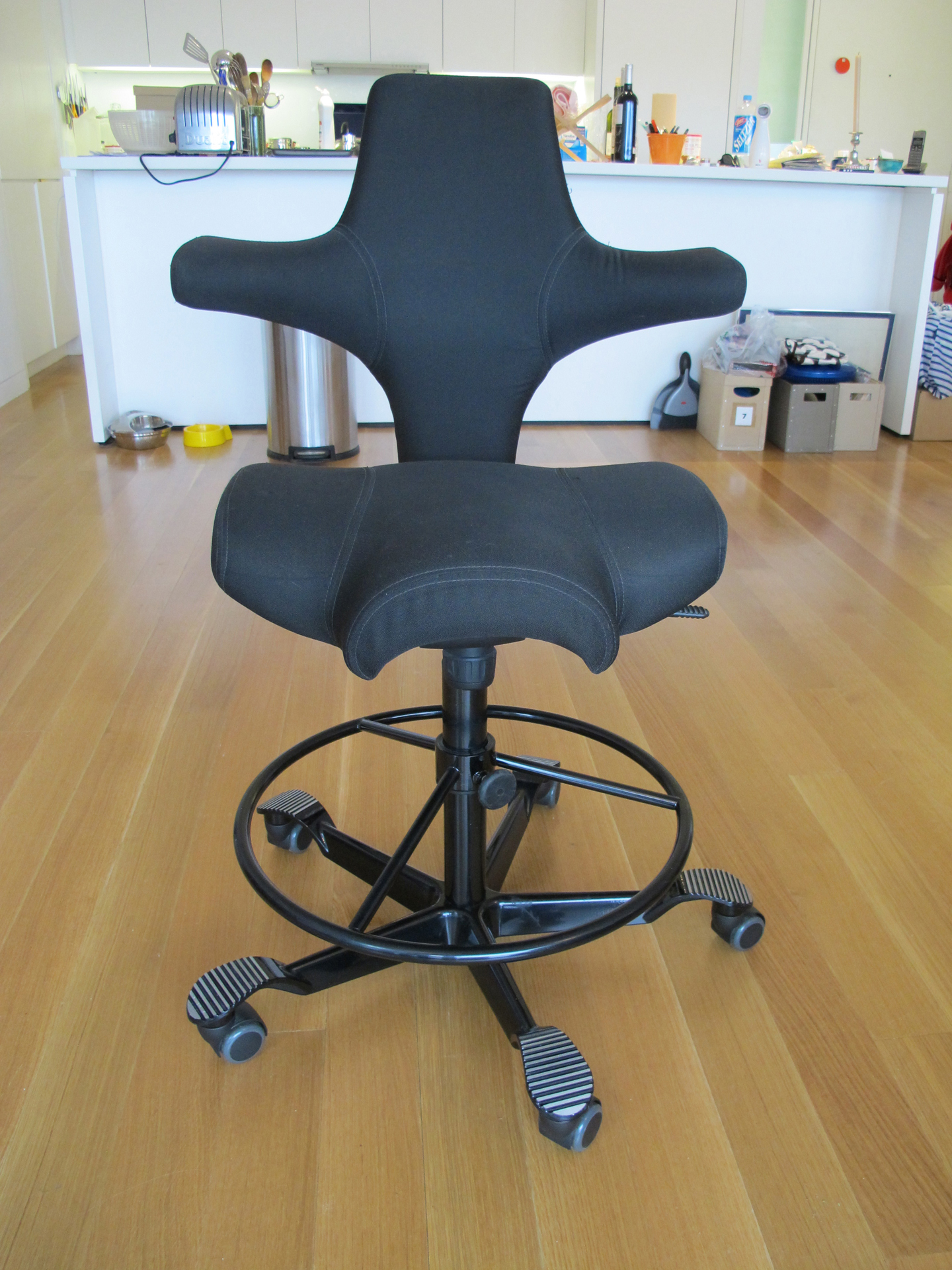 Capisco Chair Price Reduced Håg Capisco 8106 Desk Chair Apartment