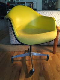 Eames Fiberglass Bucket Chair - Apartment Therapy ...