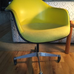 Eames Bucket Chair Comfortable Beach Chairs Fiberglass Apartment Therapy 39s Bazaar