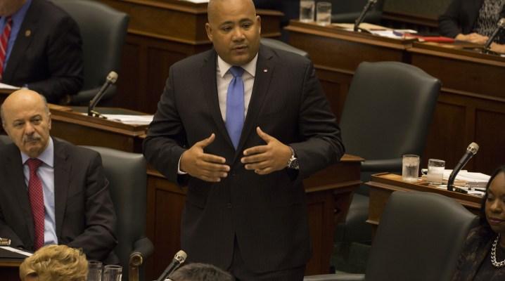 Michael Coteau, ministre des Services à l'enfance et à la jeunesse.