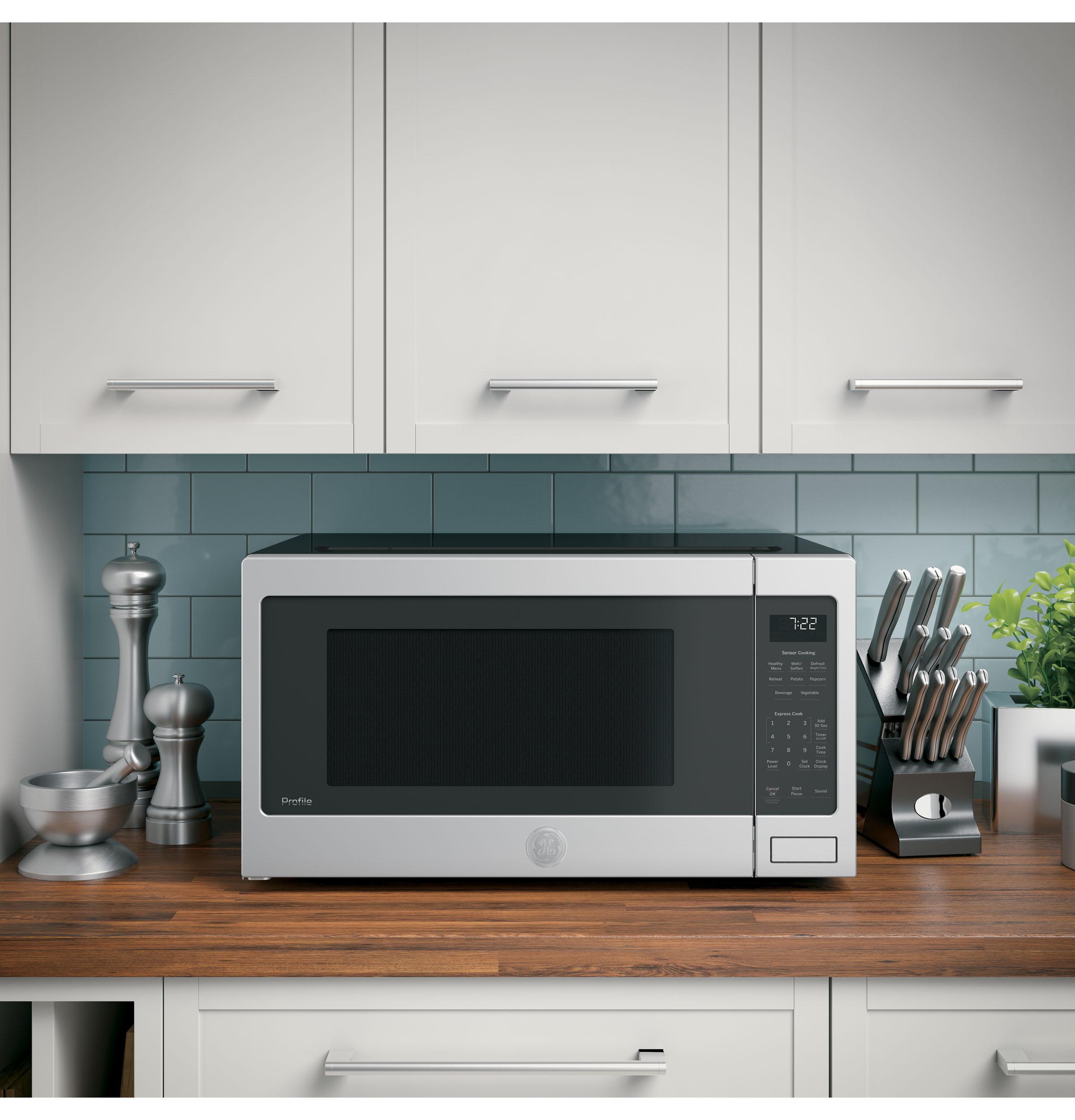 ge profile pes7227slss ge profile series 2 2 cu ft countertop sensor microwave oven pes7227slss daniels discount