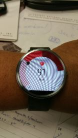 Moto 360 heart rate reading