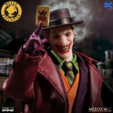 Mezco-Joker-6