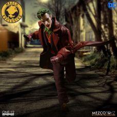 Mezco-Joker-8