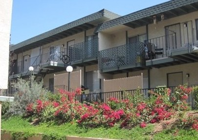 Amber Crest Apartments Riverside  see pics  AVAIL